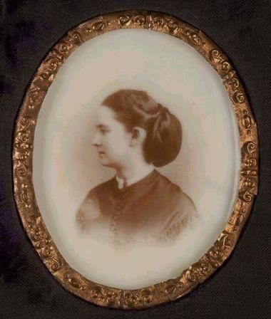 Opalotype glass photograph