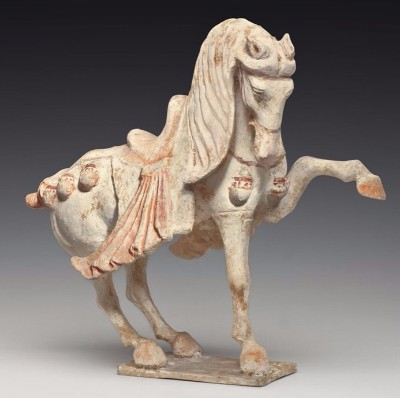 f514da0ea0cc3ce6e1b321cdd9c820f6--horse-sculpture-painted-pottery